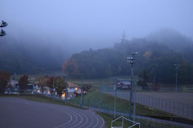 飛騨市森林公園キャンプ場の朝霧