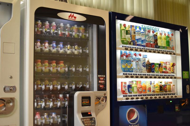 比良とぴあの休憩所にある自動販売機
