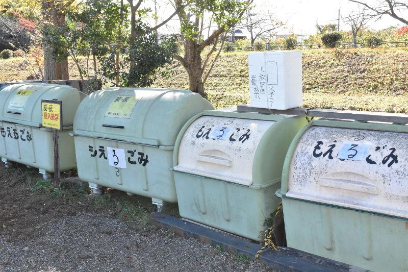 六ツ矢崎浜オートキャンプ場のゴミ捨て場3