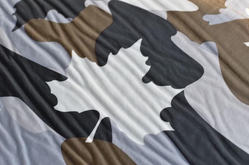 インフレートマット (カモフラ)のロゴスロゴ。