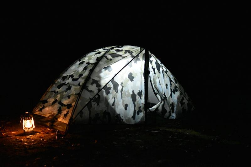 ソロドーム(カモフラ)の夜間使用時