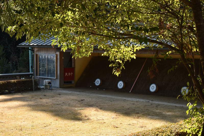 椿大神社の弓道場2