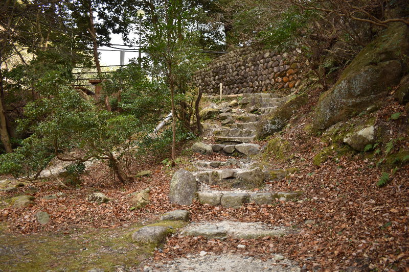 宇賀渓キャンプ場の階段
