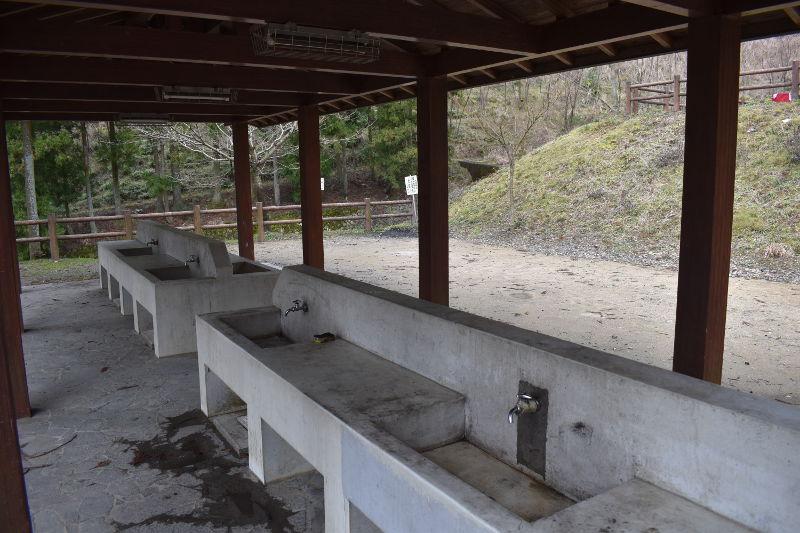 大津谷公園キャンプ場の水道