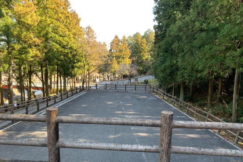 大津谷公園駐車場