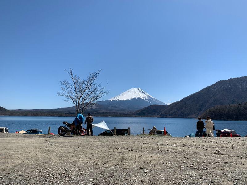 浩庵キャンプ場の地面
