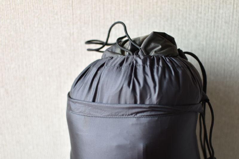 山渓×NANGA オーロラ600DX CAMO収納バッグの口