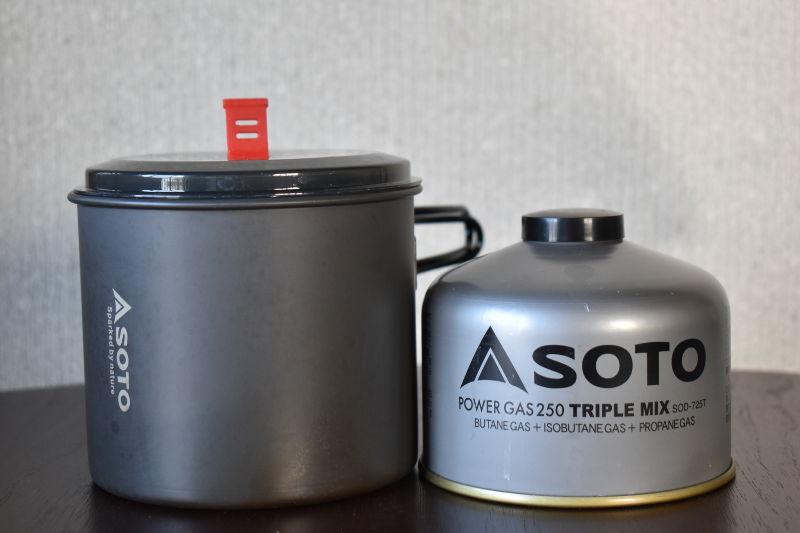 ニューリバーポットと230g缶のサイズ比較