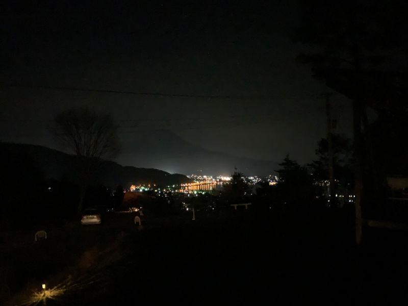 RetreatCampまほろば河口湖の夜景