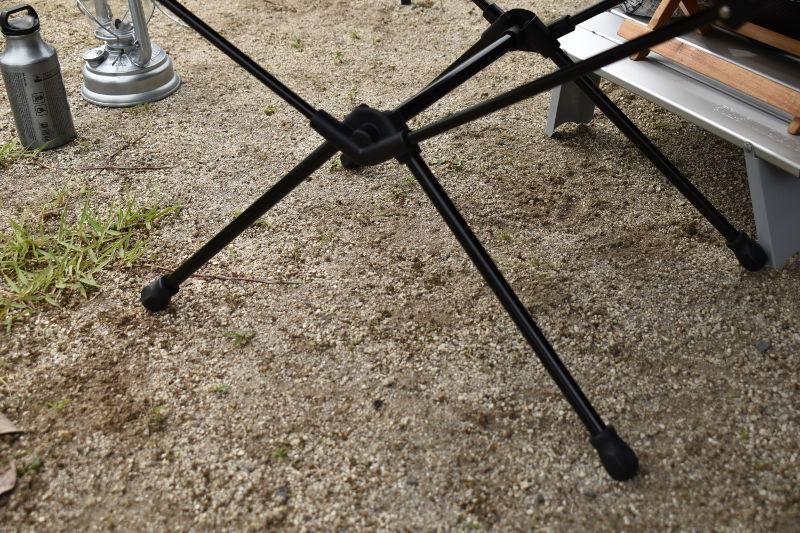 グラムテーブルの脚