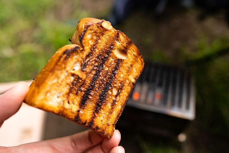 エコココロゴスで焼いたトースト
